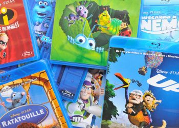 5 Reasons Why DVDs & Blu-Ray Are Still Essential In The Age Of Streaming